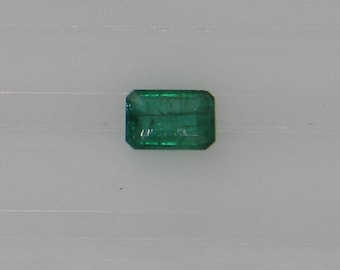 Emerald - 0.70 Carat - Rich Emerald Green Color  - Very Good Clarity - Long  Fracture - Great Bargain Price