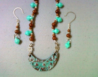 Turquoise and brown necklace and earrings (0320)