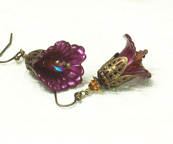 Fuchsia Lucite Lily Flower Earrings, Vintage Style, Antiqued Brass Filigree, Hand Dyed, Swarovski Crystal, Czech Glass, Victorian Steampunk