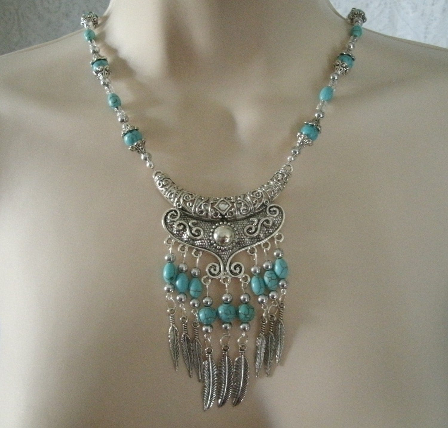 Turquoise necklace southwestern jewelry southwest jewelry for How to make american indian jewelry