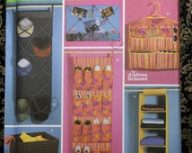 Simplicity 5124 Bedroom Room Organizer Hanging Shelves Shoe Pockets Wall Hanging Laundry Bag Bulletin Board Craft Uncut Sew Sewing Pattern