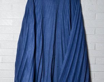 Blue Vintage Maxi Pleated Skirt
