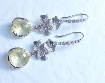 Dangle Earrings Yellow Bridesmaid earrings / Drop earrings / Mothers day / bridesmaids gift, yellow and silver