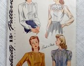 Vintage pattern Simplicity 4556 1940s blouse Sewing Bust 34 Ruffled pleated Jabot peter pan collar secretary shirt