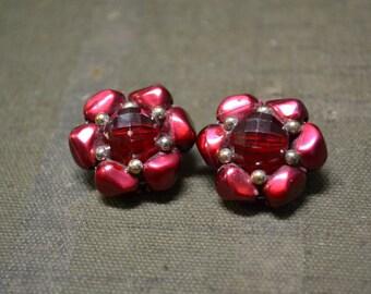 1960s Magenta Plastic Cluster Clip Earrings