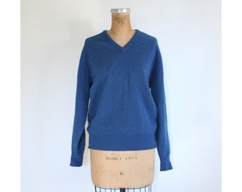 vintage 60s blue English wool heritage sweater - mens v neck sweater / Alan Paine - lambswool sweater / trad menswear - 50s preppy boyfriend