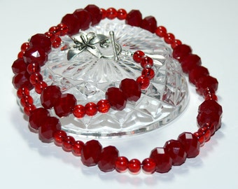 Simply Red - Faceted & Round Glass Beaded Handmade Necklace