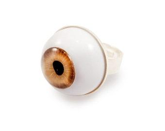 Spooky Eye Ring - Brown Round Big - Halloween - Gothic Weird Quirky Funny Evil Eye