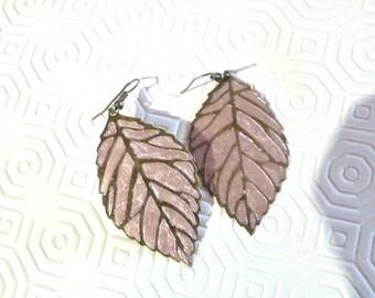 Leaf earrings, beige leaf earrings, dusty beige earrings, dusty pink earrings, boho earrings, bohemian earrings, leaves earrings,