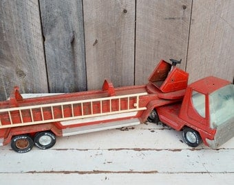 Nylint Fire Truck Ladder Truck Rescue Vehicle Red White Silver Pressed Steel Rusty Chippy Parts Restore Decor