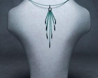 Comet neck piece