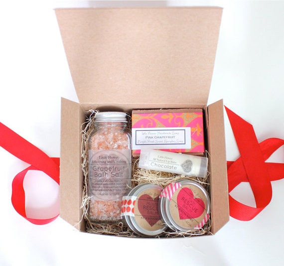 Valentines day gift girlfriend gift set romantic gift wife for Valentine present for her