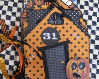 Halloween Scrapbook Album, Haunted House - Chipboard