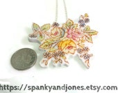 Broken china jewellery. Vintage flower necklace/brooch upcycled china