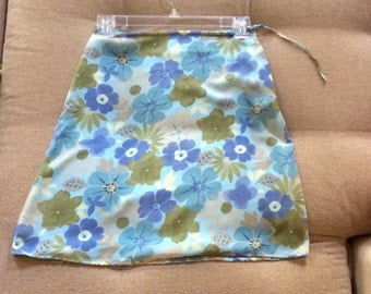 Vintage Skirt Women's Size 4 Gap 1970s Flower Power Spring & Summer