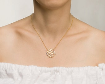 Delicate Gold Pendent Necklace, gold pendant necklace, gold necklace, gold pendant, delicate necklace, delicate pendant, lace pendant