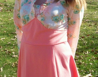 Vintage 1960s Ladies Peach Scooter Dress Union Made Medium Only 8 USD