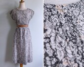 15% Code - MAR15OFF - Vintage 80's Grey Sky Morning Cotton Voile Floral Print Blouson Dress XS S or M