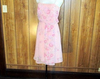 On SALE- Lovely Pink FLORAL Formal VINTAGE Dress
