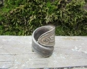 Vintage Spoon Ring Chunky Deco Size 5 Silver Plated Metal Ring Antique Styled Jewelry Finger Ring vtg Repurposed Utensil Hand Made OOAK