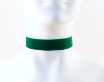 Plain Green Velvet Choker Necklace, 7/8'' wide -  Custom MADE to YOUR SIZE