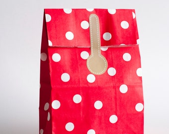 6pcs of Party Paper Bags with Sticker Seal in Polkadot Red Packaging