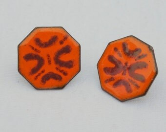 Vintage Retro Copper and Enamel Orange and Red Geometric Octagon Screw Back Earrings Hipster Hippie Boho Midcentury Modern Unique