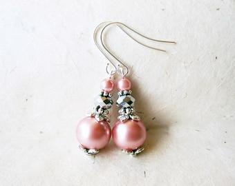 Pink Pearl Earrings. Blush Pink Bridesmaid Earrings. Handmade Wedding Jewelry. Light Petal Pink + Silver Small Beaded Earrings.
