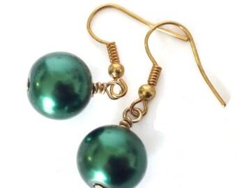 Pearl Dangle Earrings, Pearl Drop Earrings, Green Dangle Earrings, Green Pearl Earrings, Dark Green Earrings, Forest Green Earrings