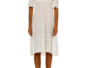 1950s Vintage Floral Embroidered White Cotton Dress Size: XS/S