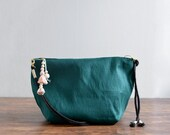MISS Green - 20% off on sale simple small dark green shoulder bag