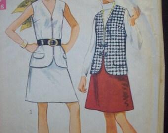 """Vintage 1960s Jiffy One-Piece Skirt & Vest Pattern Simplicity 8277 Size 12 Bust 34"""""""