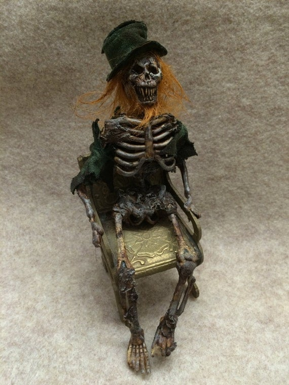 OOAK DEAD LEPRECHAUN movie prop SIDESHOW GAFF mummified male fairy ...