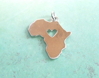 Africa Charm in Silver - CH0130