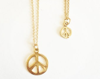 P E A C E  necklace 14k