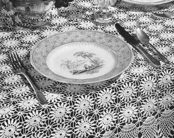 Vintage Pineapple Tablecloth Pattern 1940's Doily