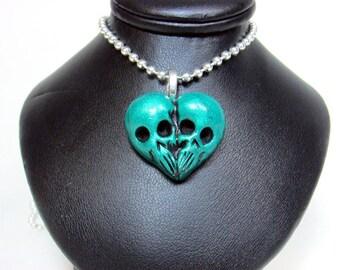 Green Skull Heart / Till death do us part / skull jewelry / morbid love gift / Sculpted Pendant / metallic green / Polymer clay / gothic