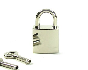 Chrome Padlock, Silver padlock, working with 2 keys
