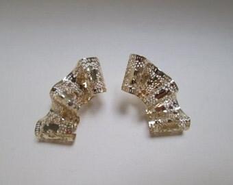 Gorgeous Lace 14K Gold Earrings