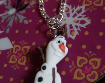 Olaf Waving Necklace
