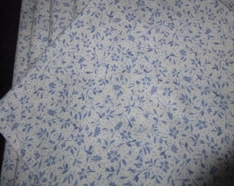 White and Periwinkle Hemmed Cotton Floral Napkins, Set of 10