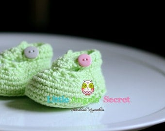 Crochet Baby shoes, Photo prop, baby girl accessories, Baby booties, baby shoes, baby Mary Jane.