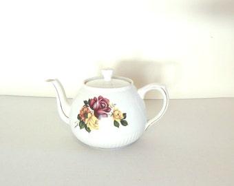 Ellgreave English Teapot Shabby Chic