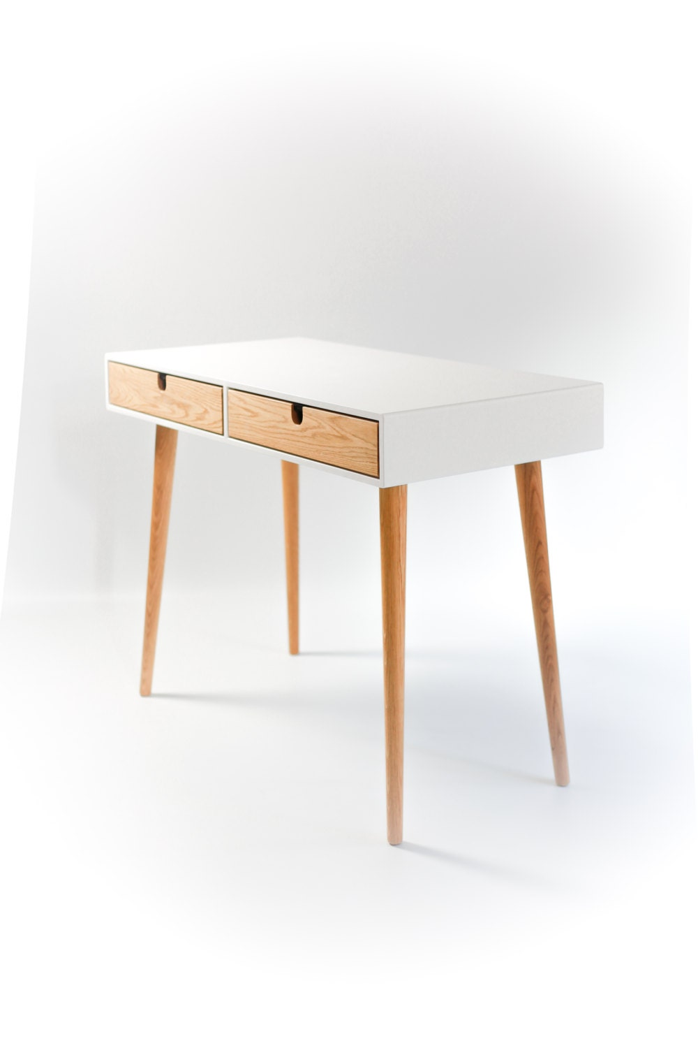 Desk lacquered in white and oak drawers bureau dressing for Bureau table