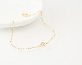 Star charm bracelet, gold star bracelet, gold bracelet, charm bracelet, gold chain bracelet, cute bracelet, friendship bracelet, gold chain