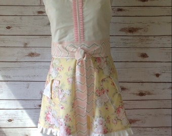 Retro Apron, Yellow, Pink Flowers, English Country Roses, Wrap Around Apron, PancakesOnSunday
