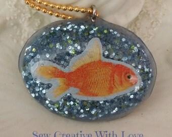 Resin Blue Glitter Goldfish Pendant, Goldfish Necklace, Glitter Necklace, Resin Goldfish, Resin Pendant, Unique Necklace, Swimming Goldfish