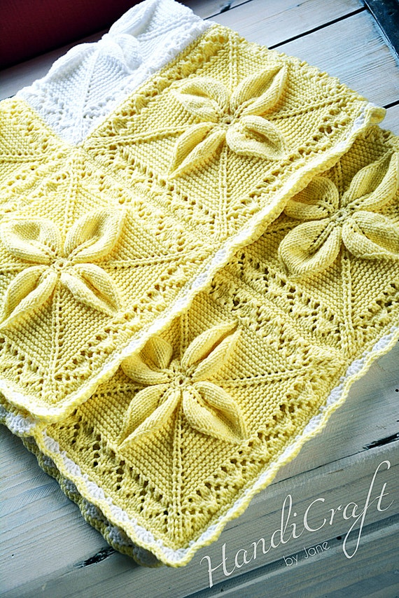 Knitted Leaf Pattern Blanket : Babyshower gift. Yellow baby blanket. Elegant knitted baby