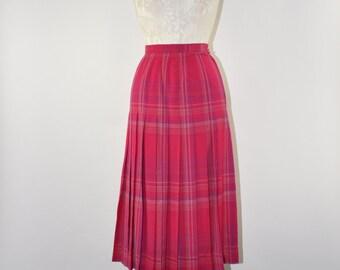 80s pleated fuchsia skirt / 1980s hot pink wool skirt / high waist plaid skirt