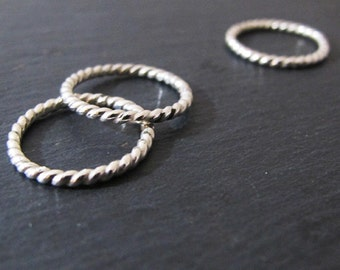 Stackable twisted ring in sterling silver handmade